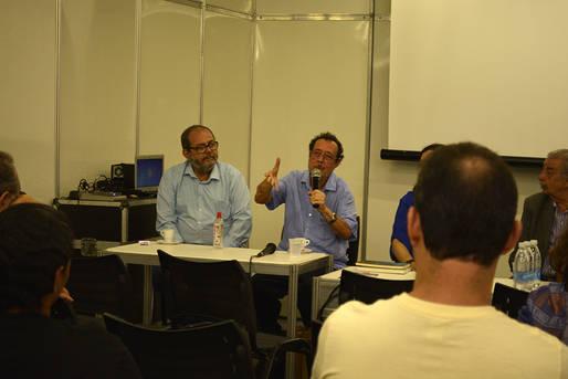 Rui Espinheira fala na Fenelivro