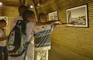 Egba leva alunos de escola pública a exposição fotográfica